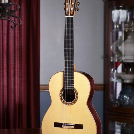 Woon Sun Lee Classical Guitar 2012 Spruce EIRW #124
