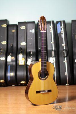 Hill Signature Classical Guitar #4002 Spruce 650mm