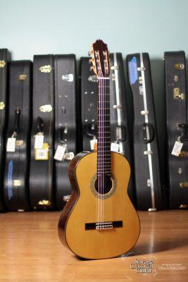 Manuel Adalid Flamenco Guitar Model 11F